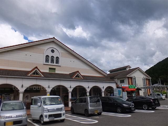 岐阜県 オートキャンプ 道の駅ピアチェーレ 美濃白川